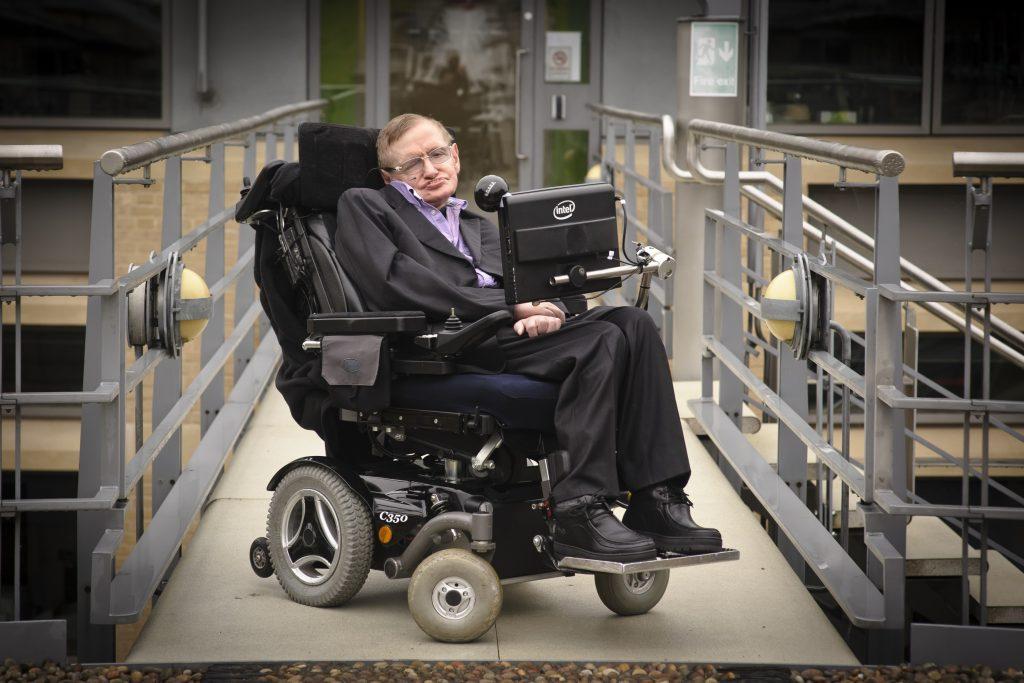 Sandalyedeki Bilim İnsanı: Stephen Hawking – Sophos Akademi